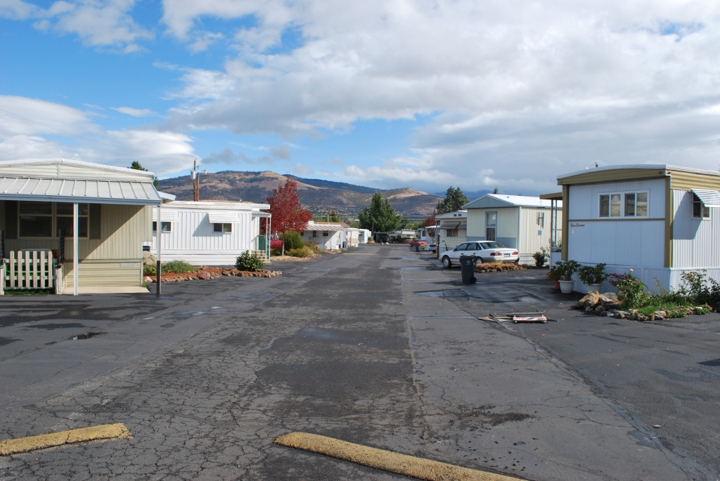 Carefree Mobile Village, 55+ Manufactured Home Community in South