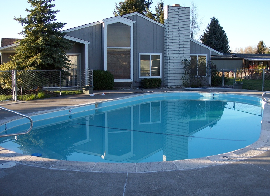 Modular home medford oregon modular homes for Manufactured pool house